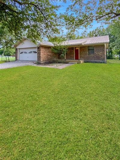 307 N 4TH ST, Celeste, TX 75423 - Photo 2