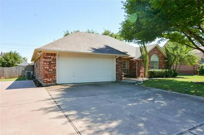 1404 5TH ST, Granbury, TX 76048 - Photo 2