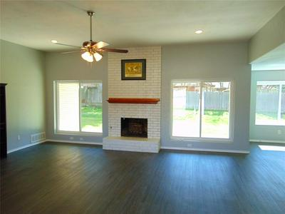 338 OMAHA LN, DUNCANVILLE, TX 75116 - Photo 2