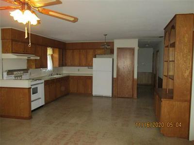 609 CARROLL ST, Kerens, TX 75144 - Photo 2