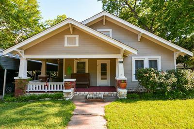 402 SCURLOCK ST, Grandview, TX 76050 - Photo 1