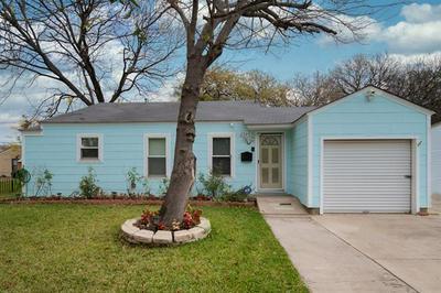 2924 EASTRIDGE DR, Haltom City, TX 76117 - Photo 1