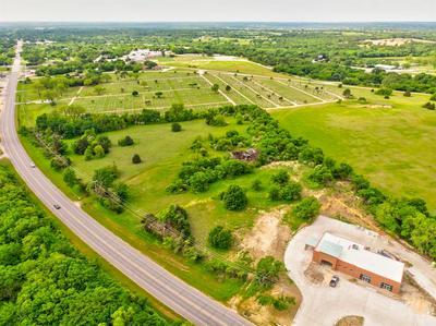 609 N PARKWAY DR, Alvarado, TX 76009 - Photo 2