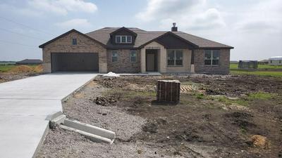 107 CREST LN, DECATUR, TX 76234 - Photo 1