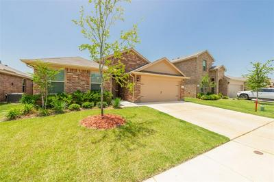 728 RUTHERFORD DR, Crowley, TX 76036 - Photo 2