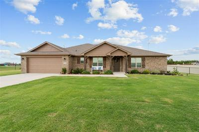 189 HILLCREST LN, Decatur, TX 76234 - Photo 2
