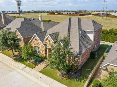 412 KING GALLOWAY DR, Lewisville, TX 75056 - Photo 2
