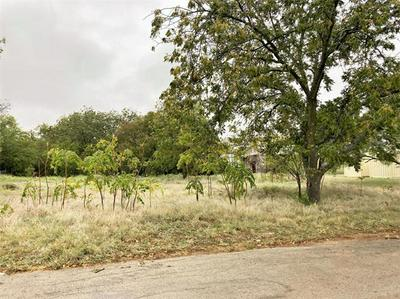 709 W 7TH ST, Coleman, TX 76834 - Photo 2
