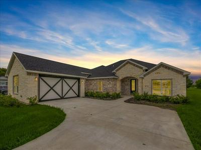 1518 BROOKVIEW DR, Lancaster, TX 75146 - Photo 1