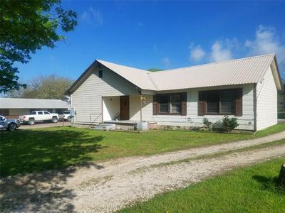 1710 PEACH ST, Goldthwaite, TX 76844 - Photo 1