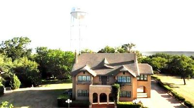 1000 E CONNELL ST, Breckenridge, TX 76424 - Photo 2