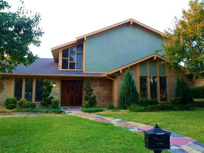 6609 SOUTHPOINT DR, Dallas, TX 75248 - Photo 2