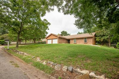 1304 BOIS D ARC ST, Weatherford, TX 76086 - Photo 1
