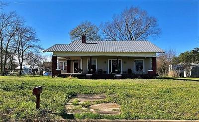 209 S 2ND ST, WORTHAM, TX 76693 - Photo 2