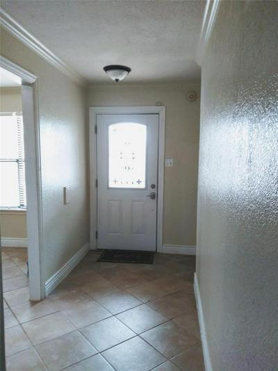 107 COUNTRY LN, EULESS, TX 76039 - Photo 2