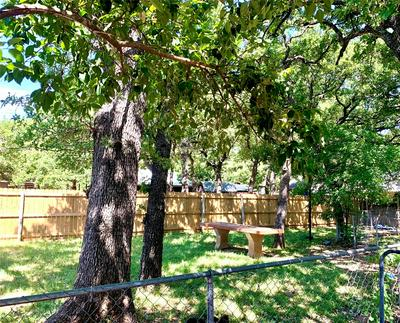 416 E CONNER ST, Eastland, TX 76448 - Photo 2