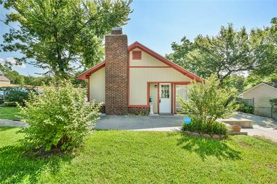 1016 N RUSK ST, Weatherford, TX 76086 - Photo 1