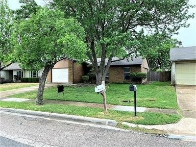 805 SUNNY SLOPE DR, Allen, TX 75002 - Photo 2