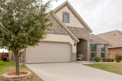 4024 LAZY RIVER RANCH RD, Fort Worth, TX 76262 - Photo 2