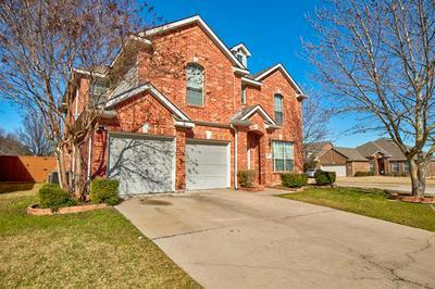 668 CAMPOLINA DR, Grand Prairie, TX 75052 - Photo 1