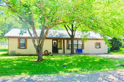 503 S 4TH ST, Grandview, TX 76050 - Photo 1