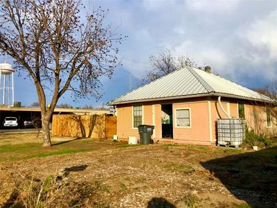 509 KENT AVE, TUSCOLA, TX 79562 - Photo 2