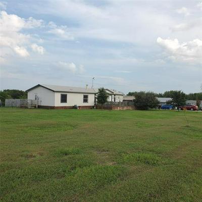 5521 CREEKVIEW DR, Farmersville, TX 75442 - Photo 1