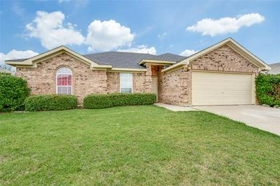 1709 TRIUMPH TRL, Arlington, TX 76002 - Photo 2