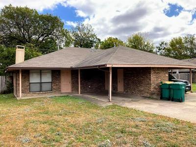 2738 SUNSET STRIP AVE, Glenn Heights, TX 75154 - Photo 1