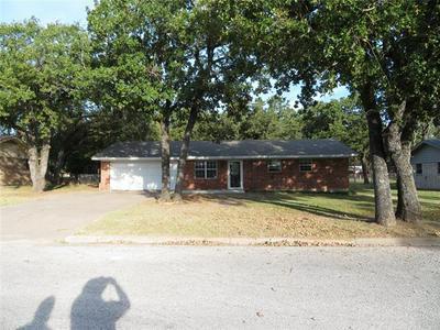 232 REDWOOD ST, Bowie, TX 76230 - Photo 1