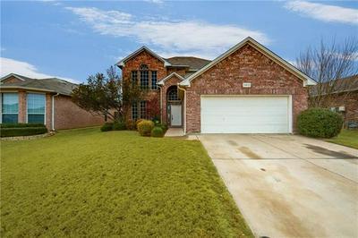 12613 COTTAGEVILLE LN, Fort Worth, TX 76244 - Photo 2