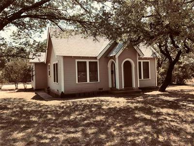 1022 E COKE ST, Hamilton, TX 76531 - Photo 2