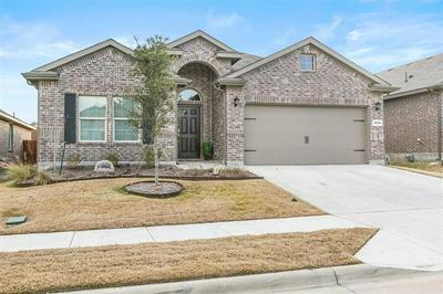 2520 CLAY CREEK LN, Fort Worth, TX 76177 - Photo 2