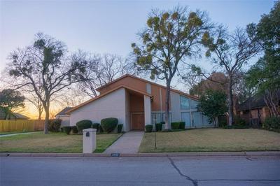 2103 SHADOW RIDGE DR, Arlington, TX 76006 - Photo 1