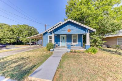 416 N BRAZOS ST, Weatherford, TX 76086 - Photo 1
