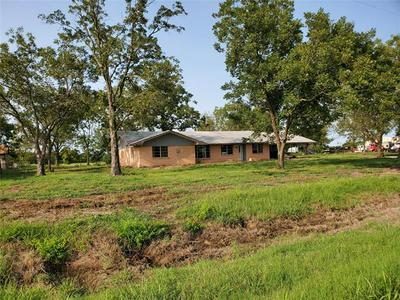 211 NE INTERSTATE 30 SERVICE RD, Cumby, TX 75433 - Photo 2
