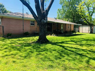 609 S COLORADO ST, WHITNEY, TX 76692 - Photo 2