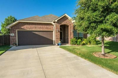 5400 CHINKAPIN LN, Fort Worth, TX 76244 - Photo 1
