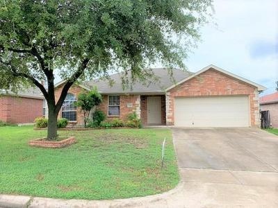 2010 WAHOO DR, Mansfield, TX 76063 - Photo 1