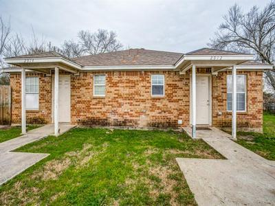2912 AVENUE K, Fort Worth, TX 76105 - Photo 1