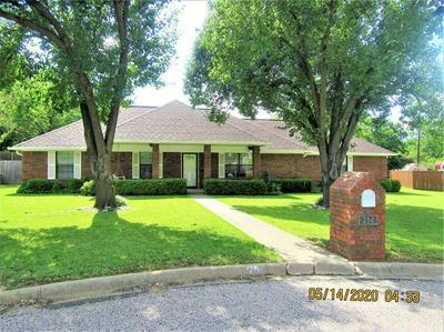 314 TROLLINGER ST, Whitesboro, TX 76273 - Photo 2