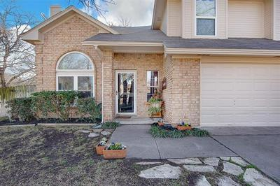 204 RUTH CT, Kennedale, TX 76060 - Photo 2