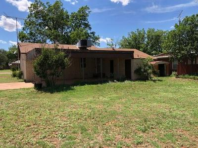 116 BARB ST, Roby, TX 79543 - Photo 2