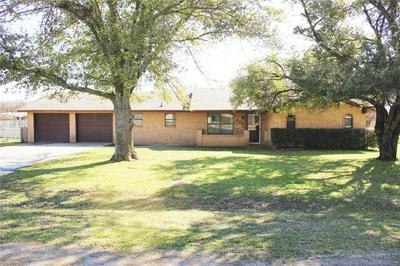 625 HAWK ST, DUBLIN, TX 76446 - Photo 2