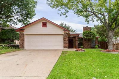 10809 TALL OAK DR, Fort Worth, TX 76108 - Photo 1