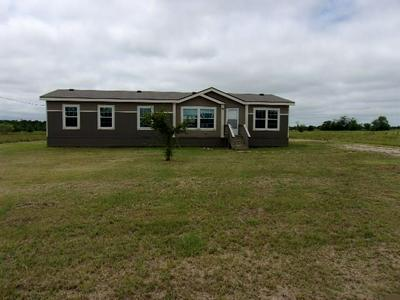 5542 COUNTY ROAD 1043, Celeste, TX 75423 - Photo 1