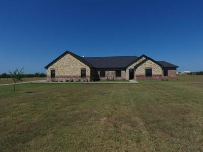 226 HAWK RIDGE RD, Decatur, TX 76234 - Photo 1