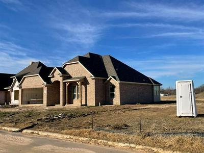 102 PRAIRIE MEADOW LN, Pottsboro, TX 75076 - Photo 2