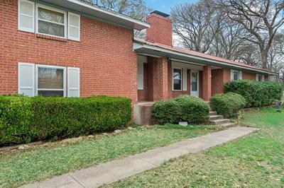 6024 MOORE CT, Kemp, TX 75143 - Photo 2