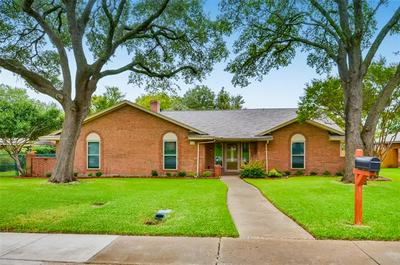 934 CLINT SMITH DR, Duncanville, TX 75137 - Photo 1
